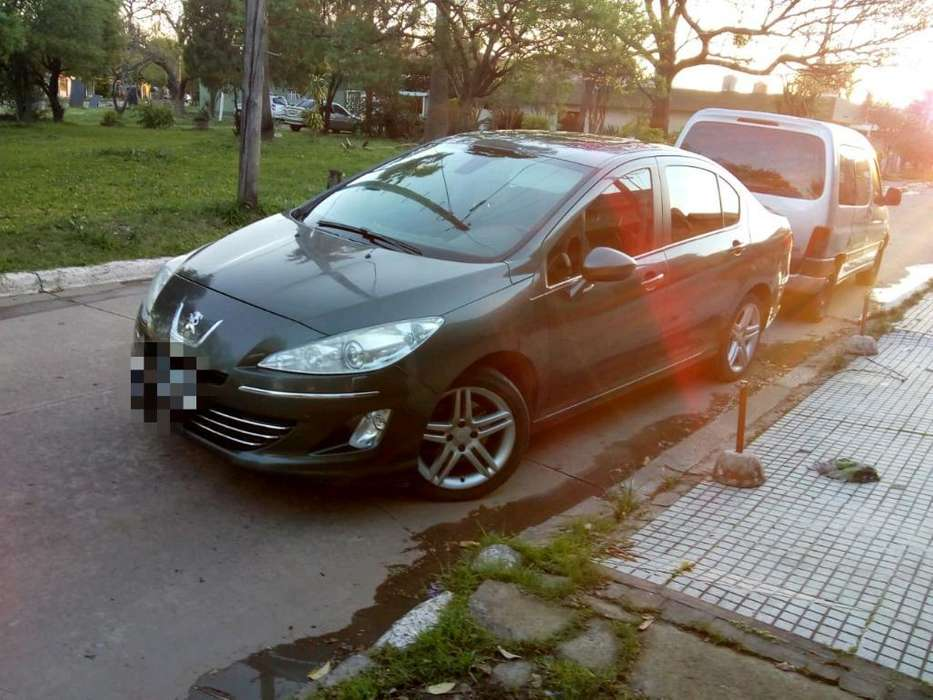 Peugeot 408 2013 - 118000 km