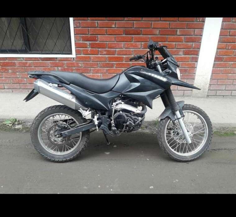 Moto Shineray 250gy, 6000km de Recorrido