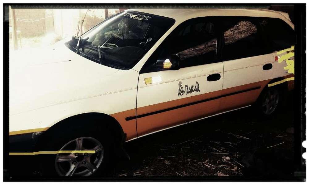 Toyota Corolla S 2001 - 150000 km