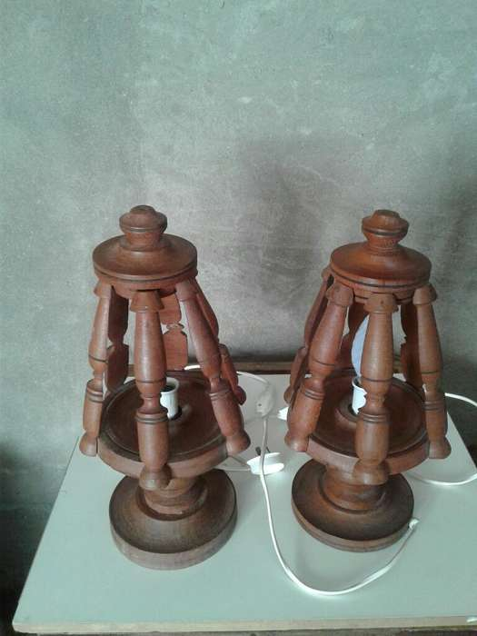 Veladores Algarrobo