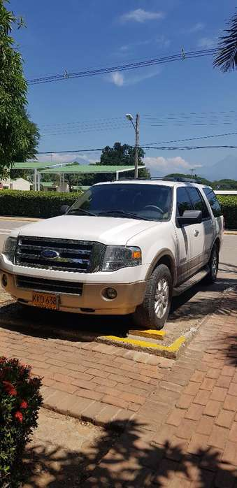 <strong>ford</strong> Expedition 2011 - 97000 km