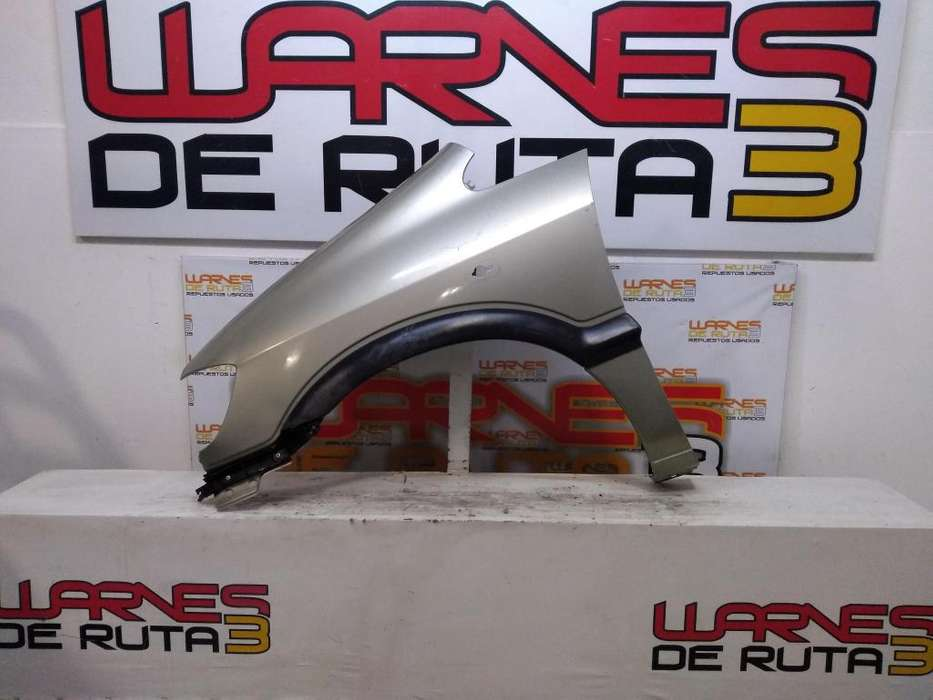 Guardabarro Delantero Izquierdo Chevrolet Zafira 03026653