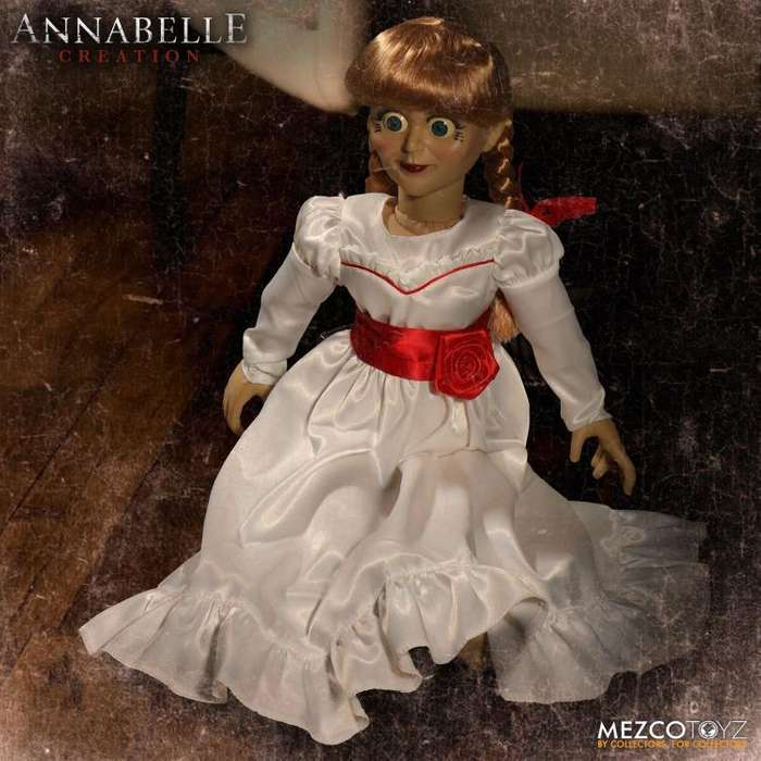Figura Muñeca Mezco Annabelle Creation 45cms