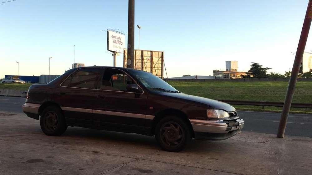 Hyundai Elantra 1992 - 150000 km