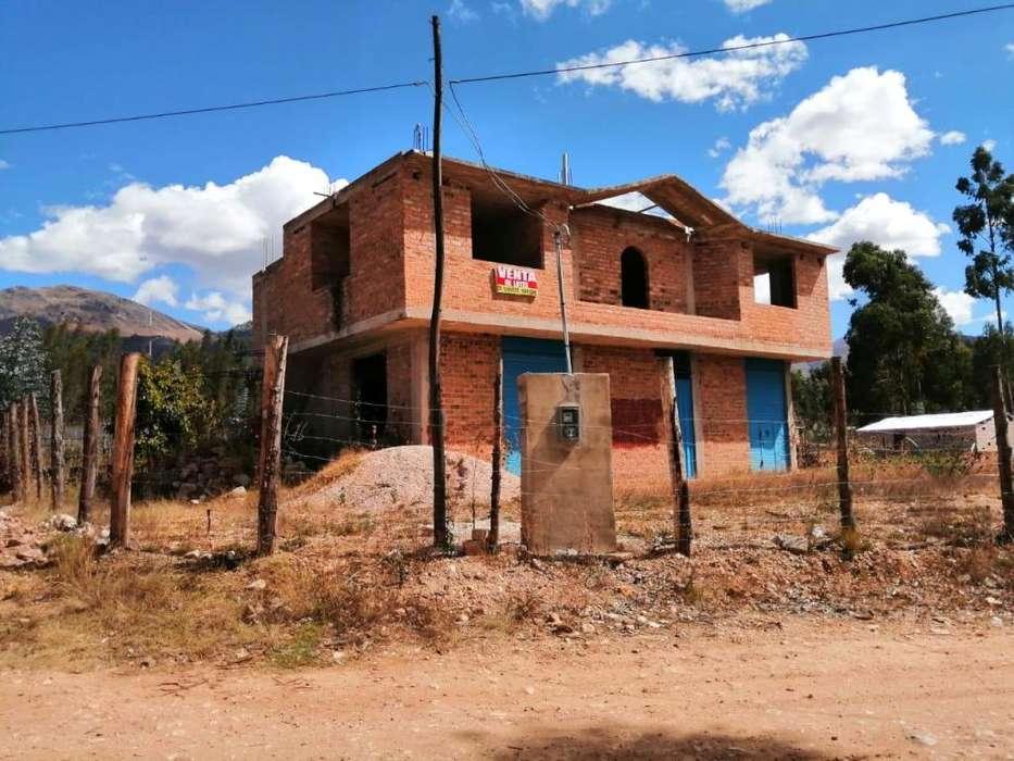 VENDO CASA DE 670 m2 CARRETERA A LA COLPA