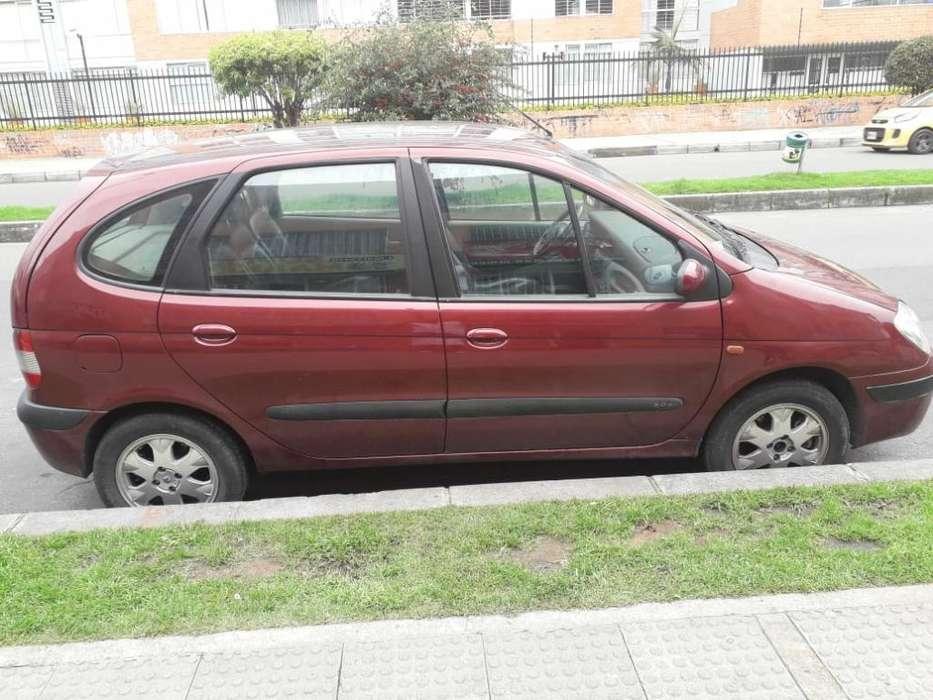 Renault Scenic  2007 - 120000 km