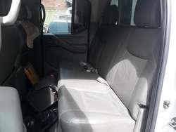Nissan Navara Automática 4x4 Refull 2011