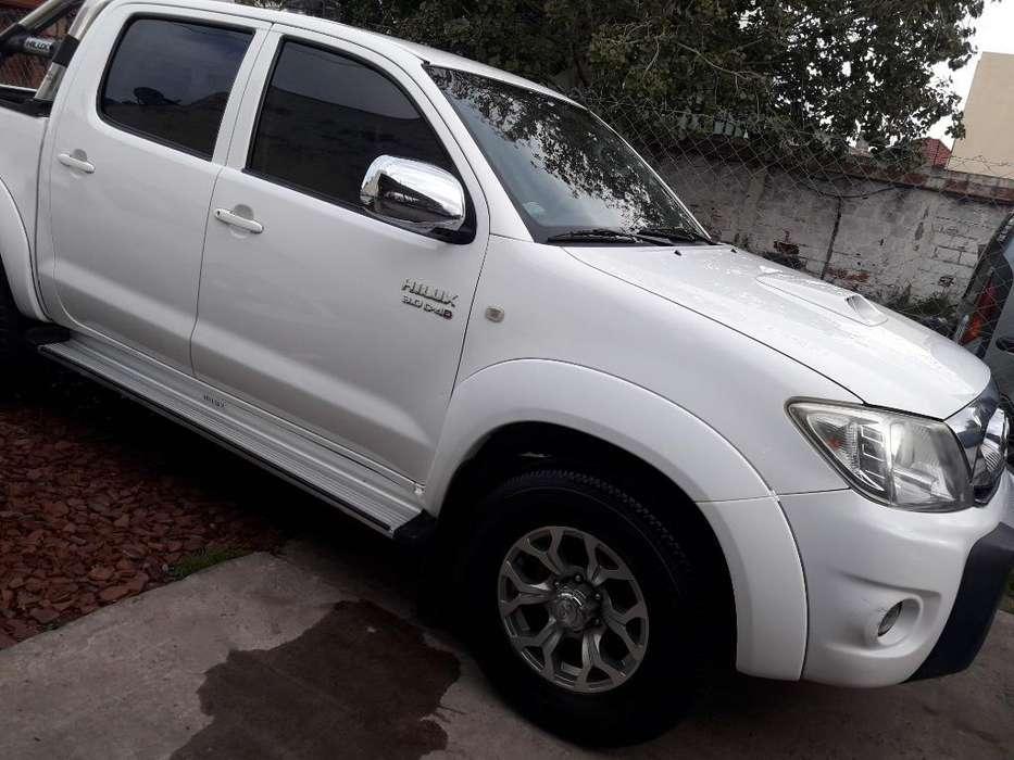 Toyota Hilux 2010 - 0 km