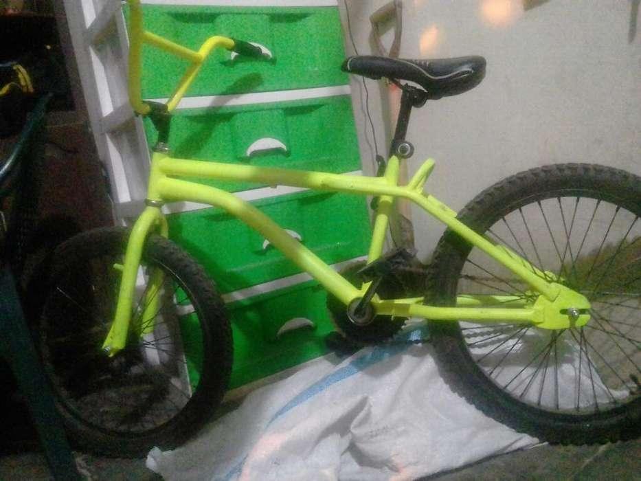 Vendo <strong>bicicleta</strong> Modelo Bmx