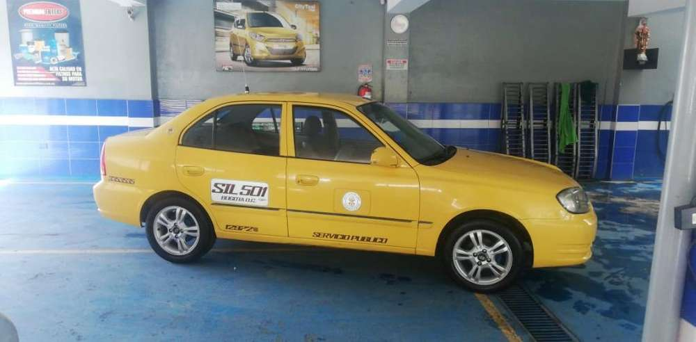 Vendo Taxi Hyundai Gyro