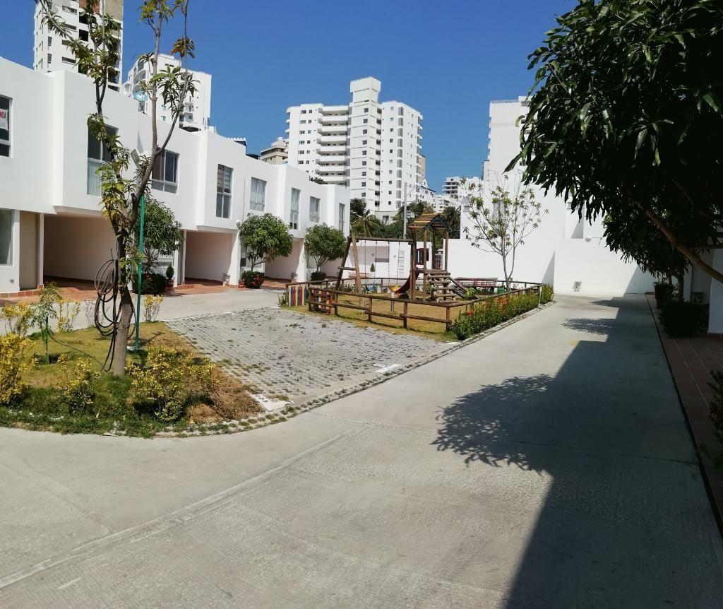 Cómoda Casa Cerca a La Playa