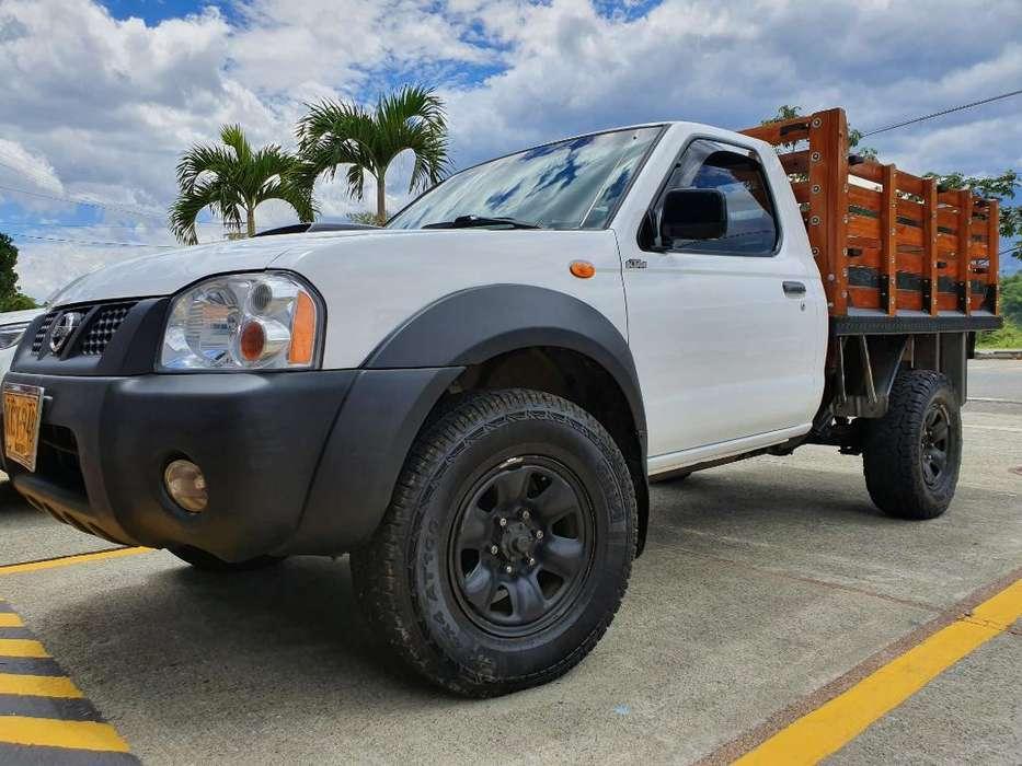 Nissan Frontier 2011 - 225000 km
