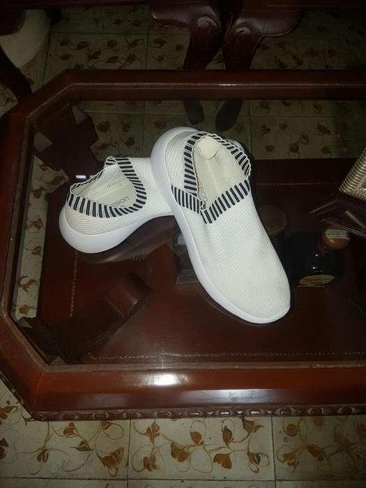Vendo Lindos Zapatos T 41..hombre
