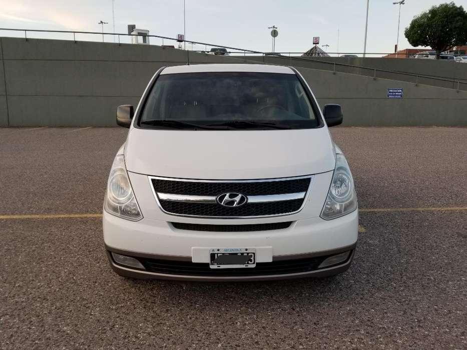 Hyundai H1 2010 - 260000 km
