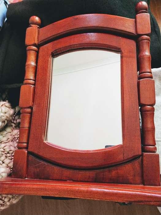 Espejo de Algarrobo