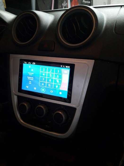 VW VOLKSWAGEN SAVEIRO ESTEREO CENTRAL MULTIMEDIA STEREO CON ANDROID, GPS, BLUETOOTH