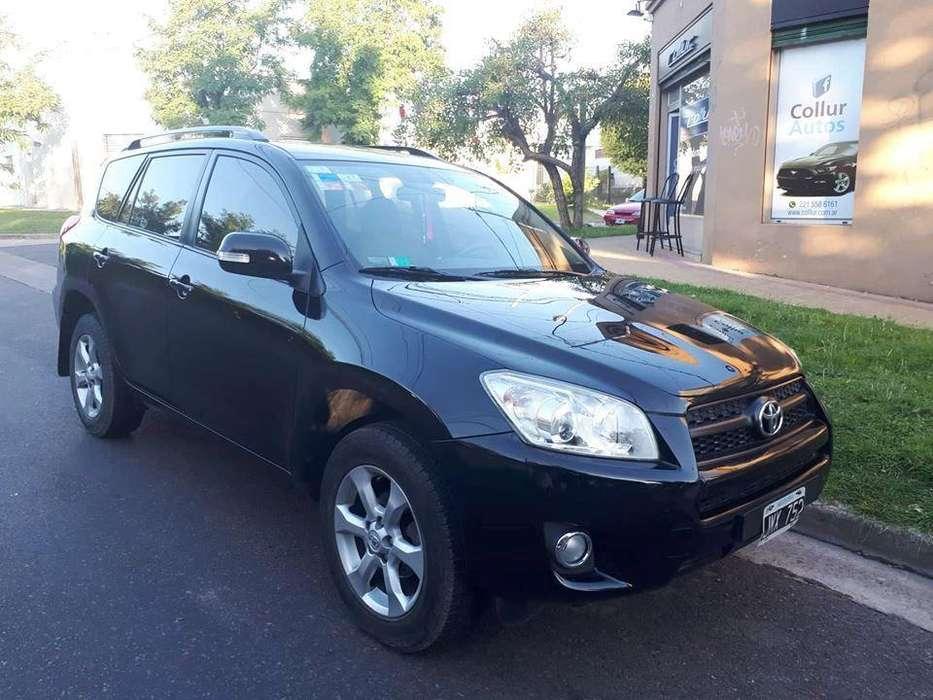 Toyota RAV4 2011 - 87800 km