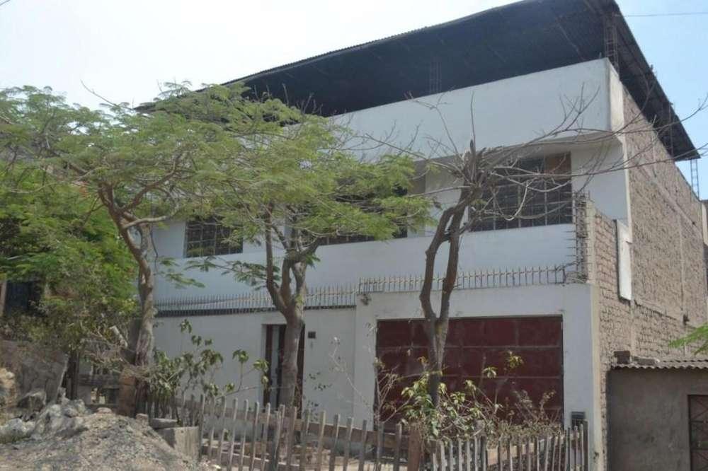 VENDO CASA 220 Mt² con 3 pisos VMT VILLA MARÍA DEL TRIUNFO