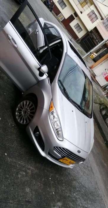 Ford Fiesta  2014 - 67000 km