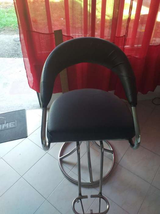 Se Vende 2 <strong>sillas</strong> de Barberia Y Un Lava