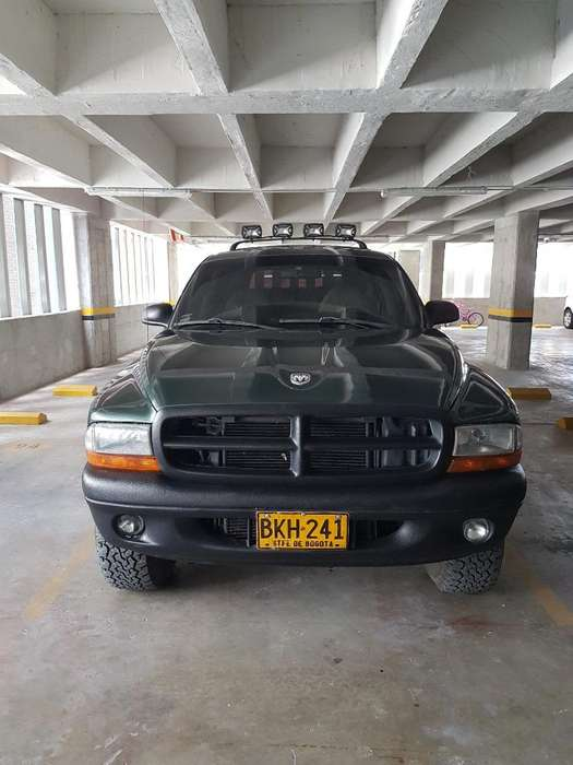 Dodge Durango 1998 - 127500 km