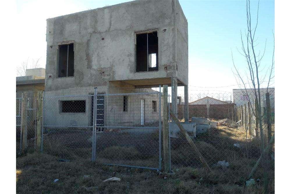 Duplex en venta, a terminar, B Venecia Plottier