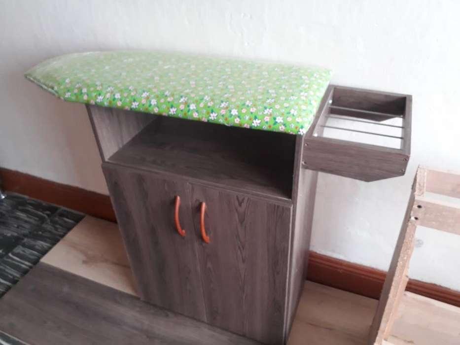 Modernas Mesas de Planchar Excelente