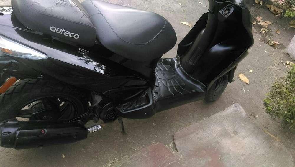 Vendo Moto Agility 125