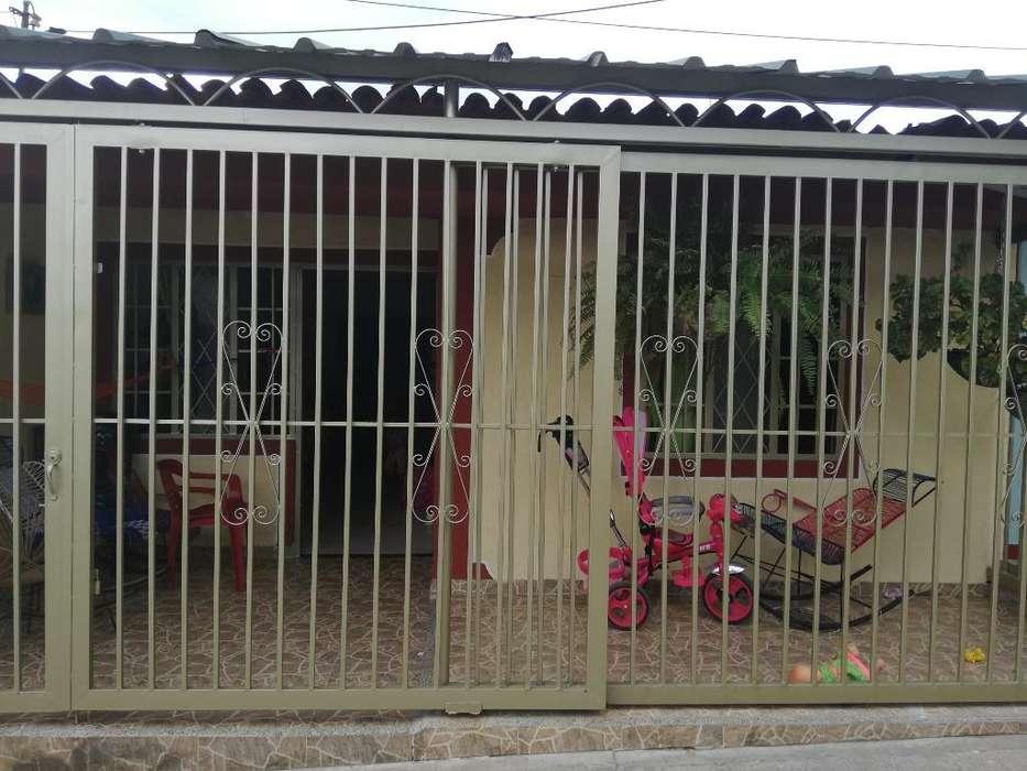 Vendo Casa 1 Piso: Barrio Las Palmas