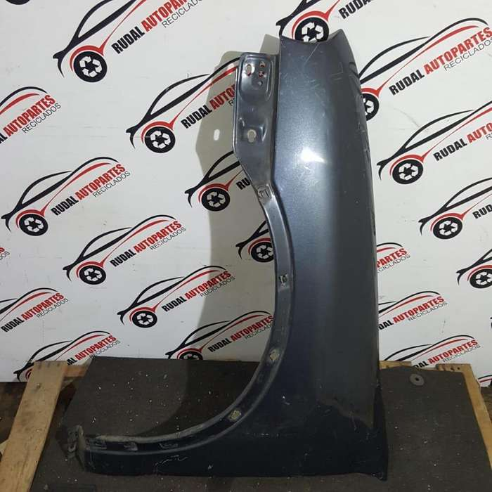 Guardabarro Delantero Izquierdo Chevrolet Corsa 2299 Oblea:01804752