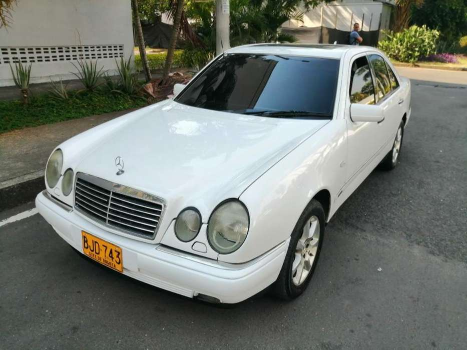 <strong>mercedes</strong>-Benz Clase E 1997 - 196000 km