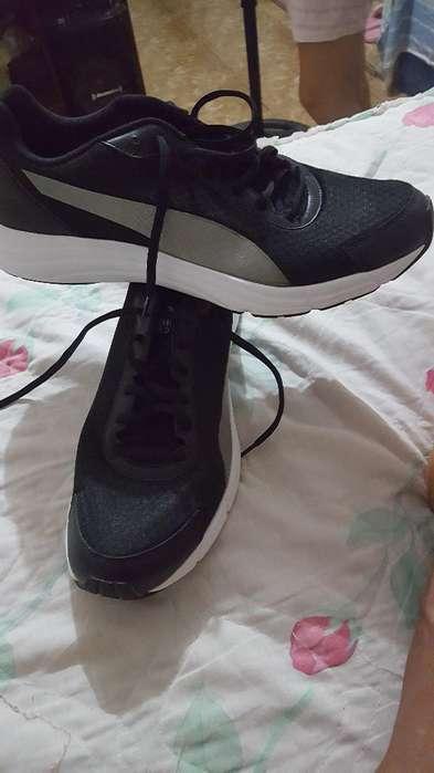 Vendo Zapatos Pumas Originales Talla 11
