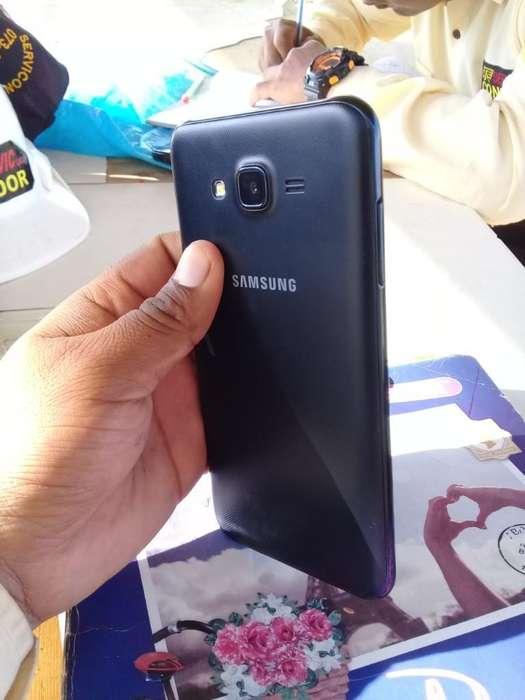 Vendo Celular Samsung J7 Neo
