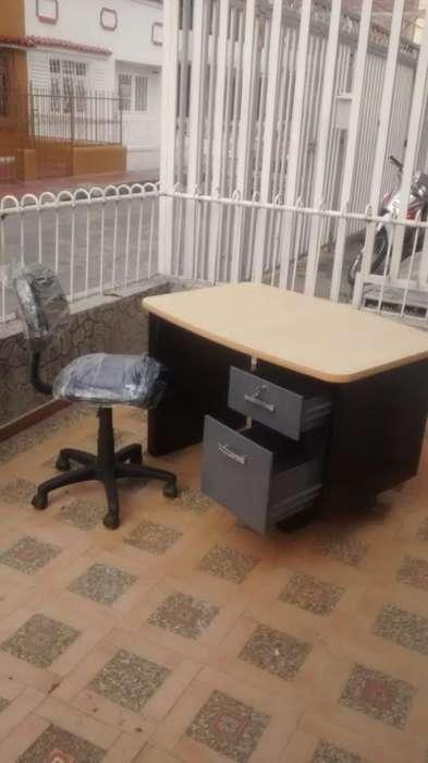 Vendo <strong>escritorio</strong> Modular con Silla