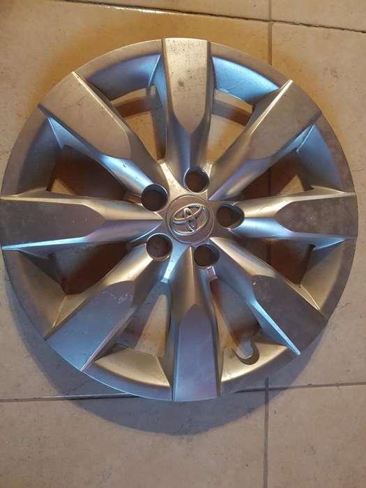 Juego de Tasas Original Corolla R16