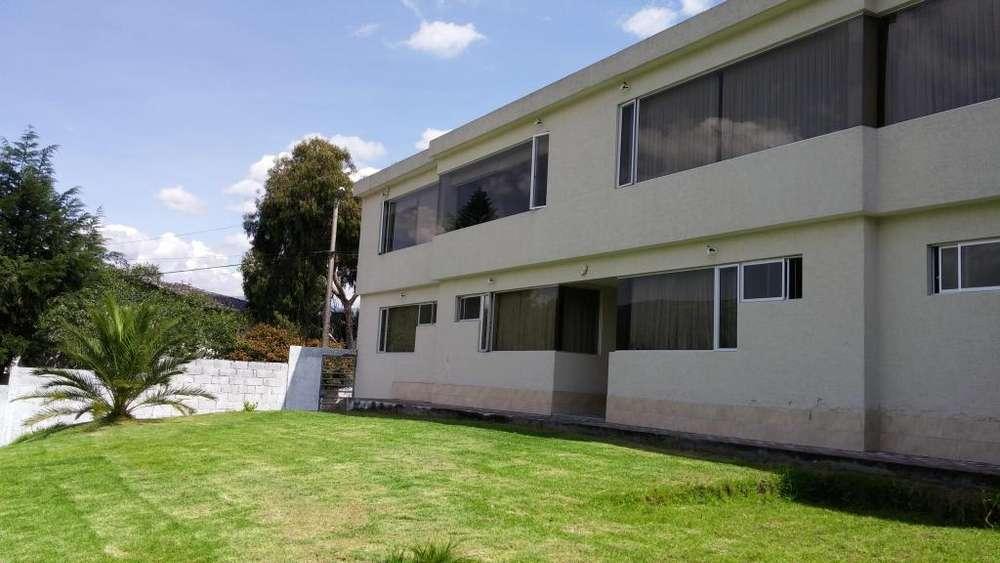 Habitaciones frente a la ESPE
