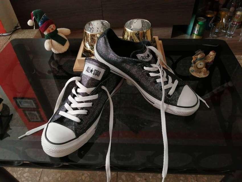 Zapatos para mujer Converse Chuck Taylor all star talla 6.5