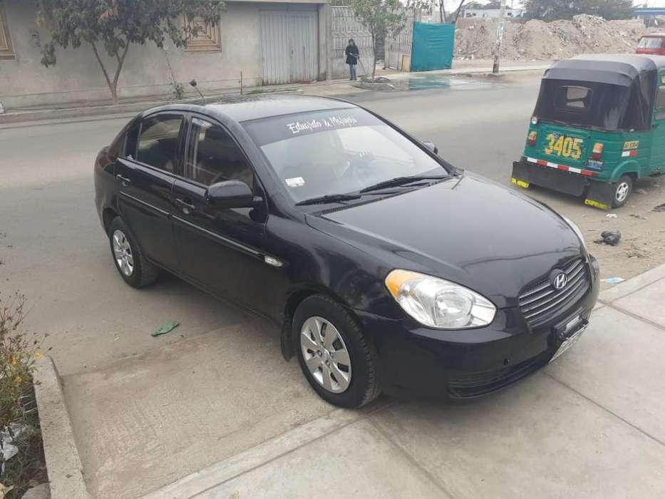 Hyundai Accent 2010 - 100000 km