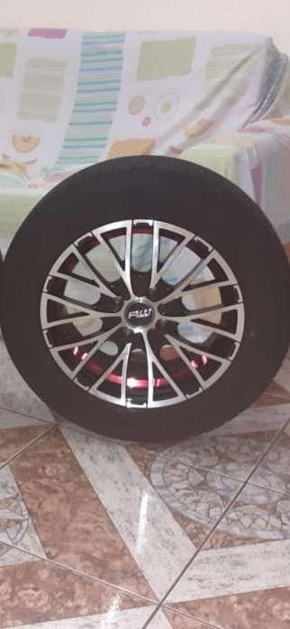 Venta de Neumáticos con Aros Semi Nuevo
