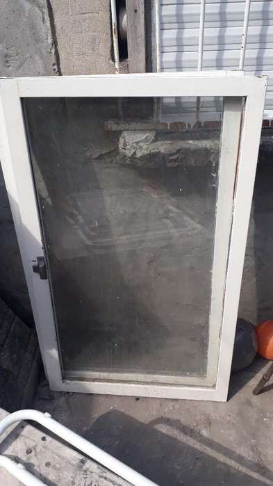 Dos Hojas de <strong>ventana</strong> con Vidrio