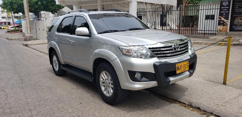 L.m Autos Vende Toyota Fortuner 4x4 Gaso