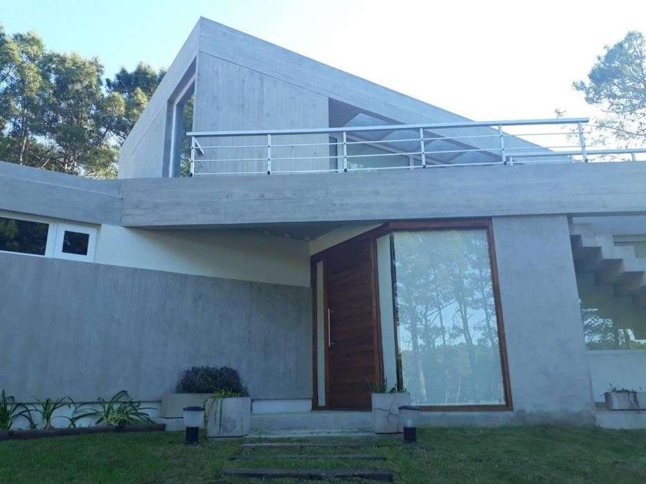 Casa en alquiler Villa Robles