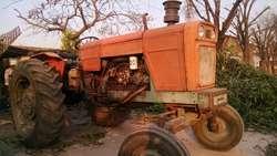 Vendo Tractor Fiat 700 E