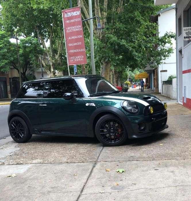 Mini Otro 2010 - 65000 km