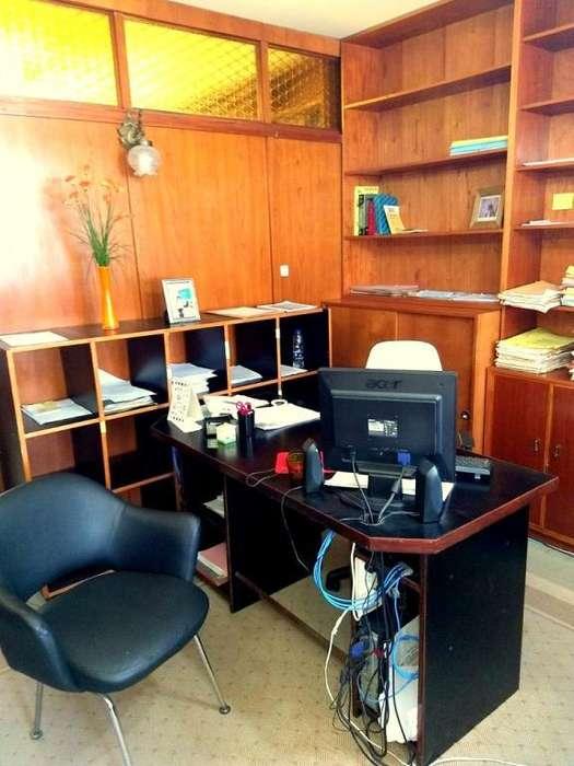 Venta Oficina de 37 m2 luminosa buen edificio Zona Tribunale