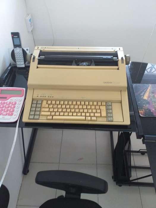 Maquina Escribir 1010