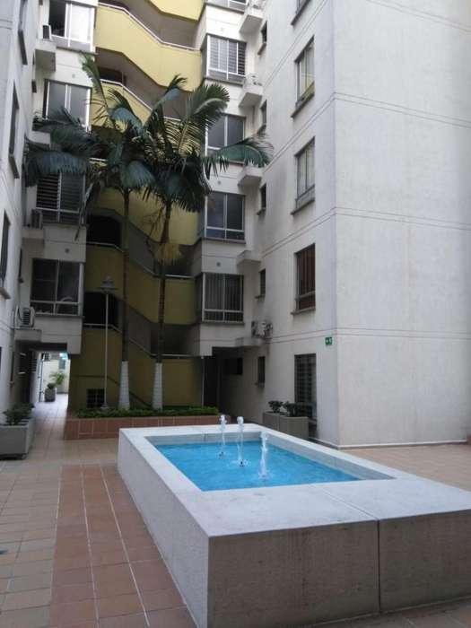 Cod. VBKWC-10402654 Apartamento En Venta En Cali El Limonar