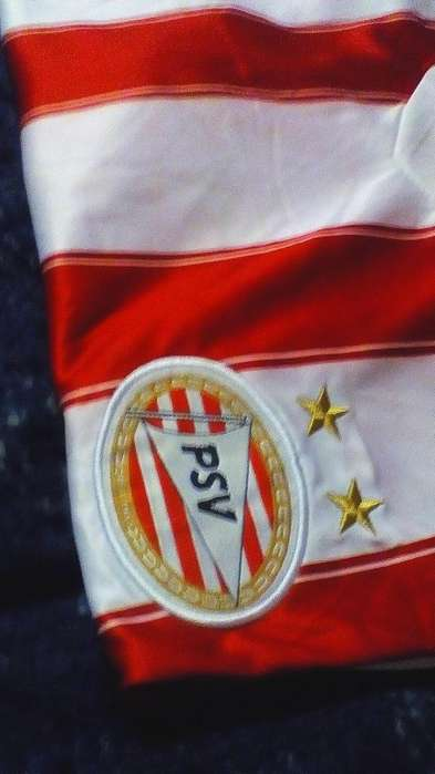 Camiseta del PSV De Holanda Talle XL Nueva