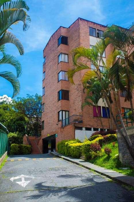 Vendo apartamento, excelente ubicación Robledo Cra80, 4 habitaciones, Mas parqueadero