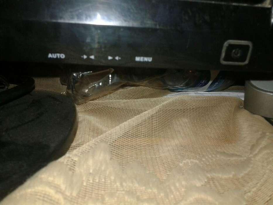 Vendo Monitor Que Se Hace Tv